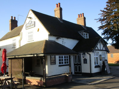 A5 dog-friendly pub, Warwickshire - Driving with Dogs