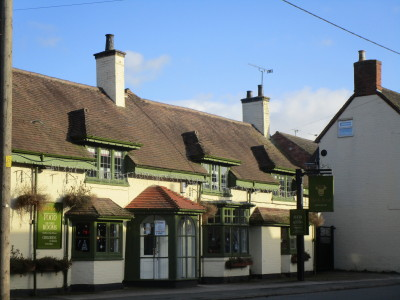 A46 dog-friendly pub and dog walk near Coventry, Warwickshire - Driving with Dogs