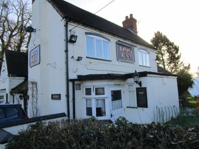 A5 dog-friendly pub and dog walk, Warwickshire - Driving with Dogs