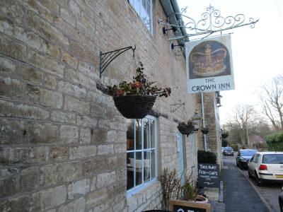Harbury dog-friendly pub, Warwickshire - Driving with Dogs