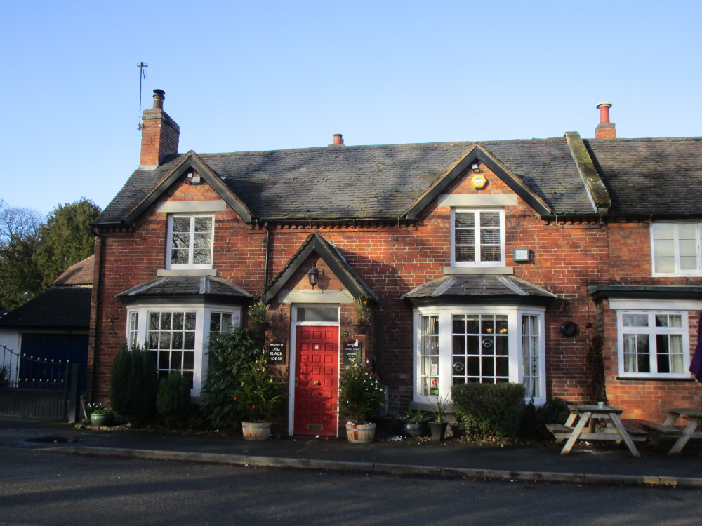 A444 dog friendly pub and dog walk, Warwickshire - Dog walks in Warwickshire