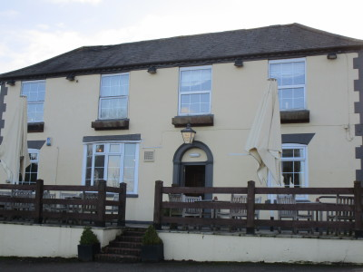 Long Itchington dog-friendly pub and dog walk 3, Warwickshire - Driving with Dogs