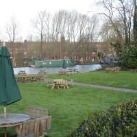 Long Itchington dog-friendly pub and dog walk 3, Warwickshire - Dog walks in Warwickshire