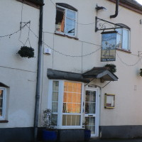 Long Itchington village pub and dog walk, Warwickshire - Dog walks in Warwickshire