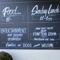 M42 J9 dog friendly pub and dog walk, Warwickshire - Dog walks in Warwickshire