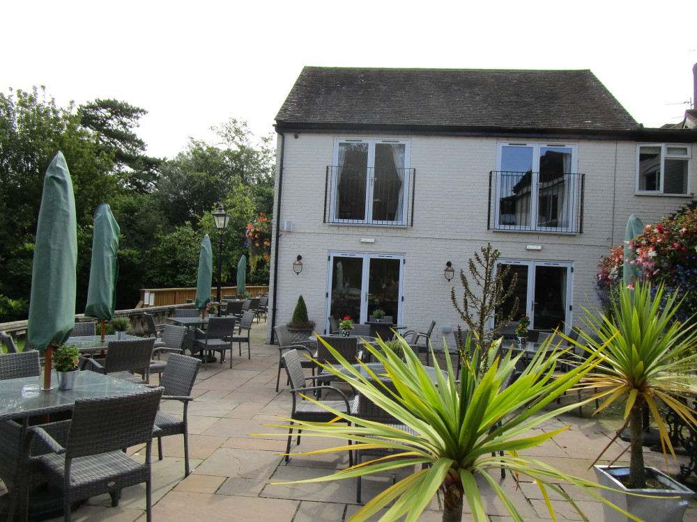 A443 dog-friendly pub and dog walk, Worcestershire - Dog walks in Worcestershire