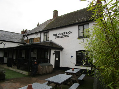 A423 dog-friendly pub, Warwickshire - Driving with Dogs