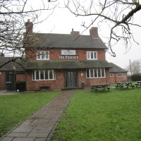 M42 Junction 2 dog-friendly pub and dog walk, Worcestershire - Dog walks in Worcestershire