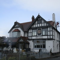 Lakes dog-friendly pub and dog walk, Warwickshire - Dog walks in Warwickshire