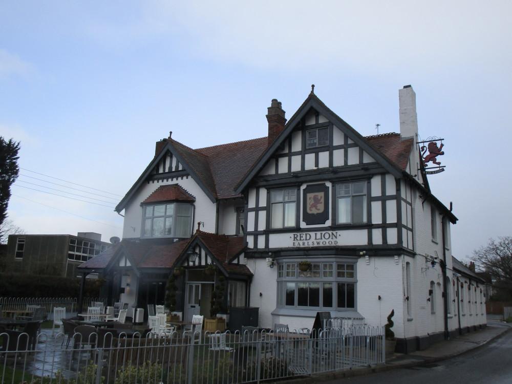 Lakes dog-friendly pub and dog walk, Warwickshire - Dog walks in Warwickshire