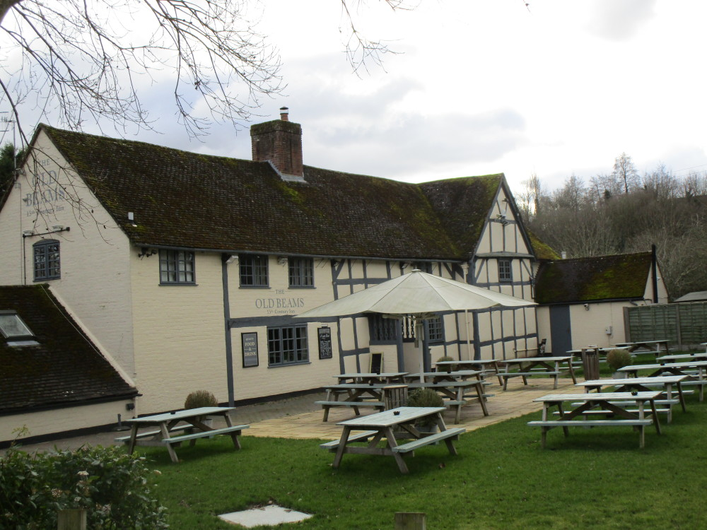 Stourport dog-friendly pub, Worcestershire - Dog walks in Worcestershire