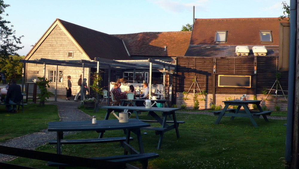 Dog-friendly pub with farm shop, ghosts and dog walk near the A1, Hertfordshire - Hertfordshire dog friendly pub and dog walk.jpg