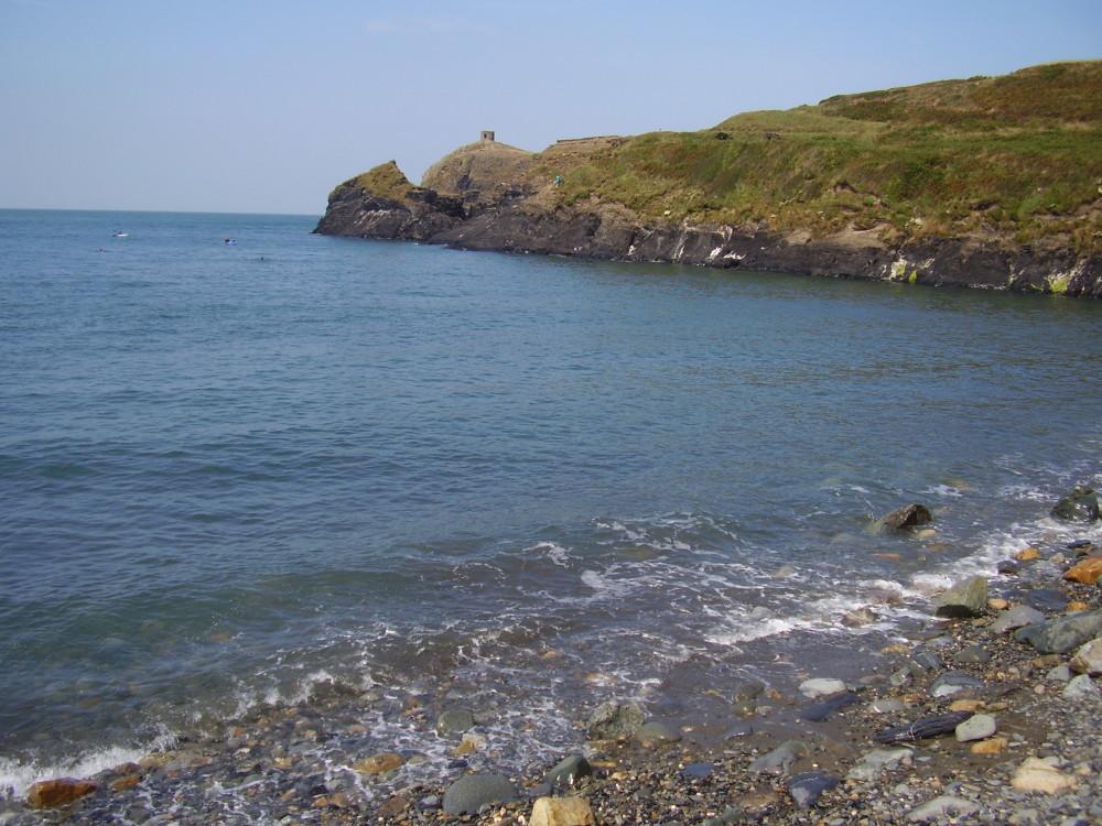 Abereiddy dog friendly beach, Pembrokeshire, Wales - Dog walks in Wales