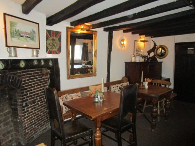 Dog-friendly pub near Ashdown Forest, East Sussex - Driving with Dogs