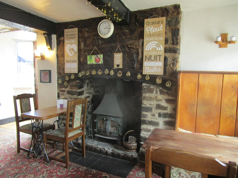 A39 dog-friendly pub and dog walk near Bideford, Devon - Devon dog walk and dog-friendly pub.JPG