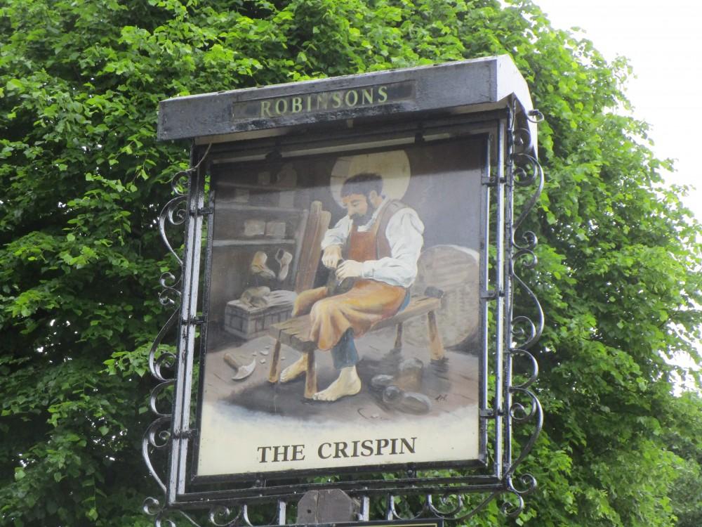 Longstone Moor dog walk and dog-friendly pub, Derbyshire - White Peak dog walk and dog-friendly pub