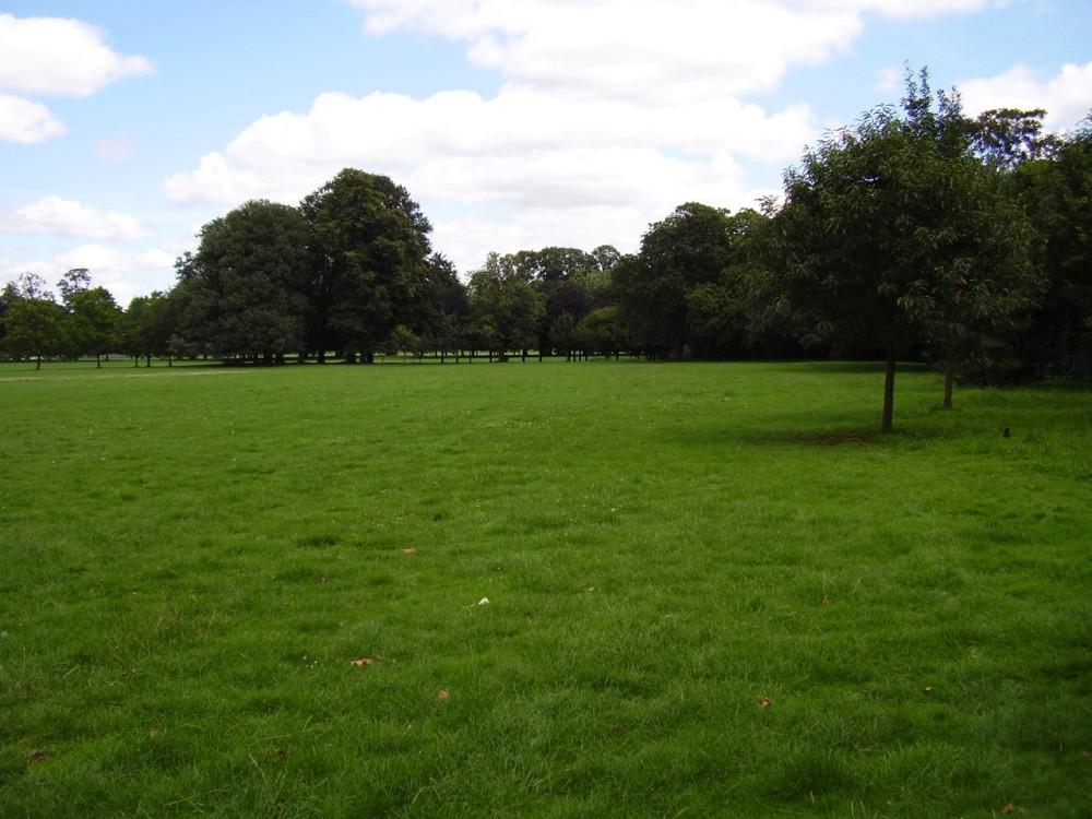 Gunnersbury Park local dog walk, Greater London - Dog walks in Greater London