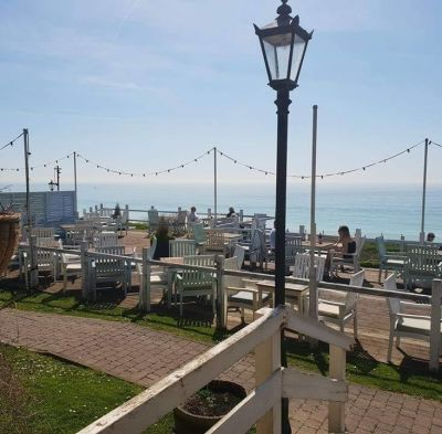 A259 dog-friendly pub and dog walk near Newhaven, East Sussex - Driving with Dogs