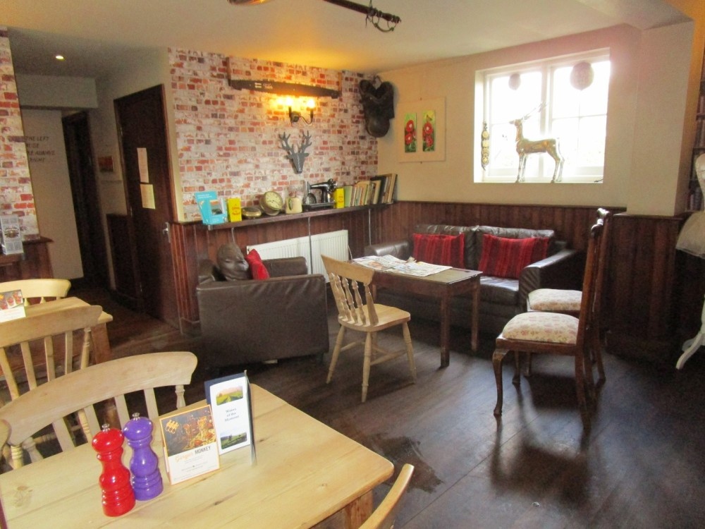 Shadoxhurst dog friendly pub, Kent - Kent dog-friendly pubs with dog walks