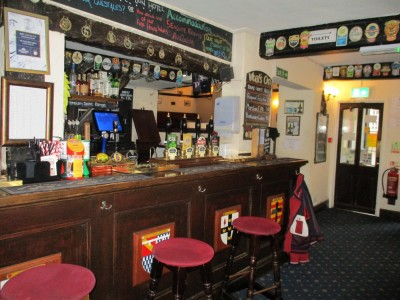 Market Bosworth dog-friendly pub and dog walk, Leicestershire - Driving with Dogs