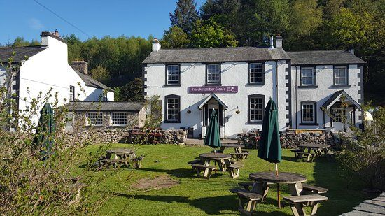 Halfway to Scafell with the dog, and a great pub, Cumbria - Cumbria dog-friendly pub and dog walk