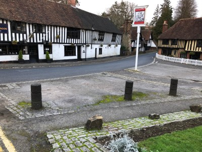 Lovely old pub in an historic village., Kent - Driving with Dogs
