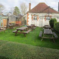 A420 dog-friendly pub near Wantage, Oxfordshire - Oxfordshire dog-friendly pub