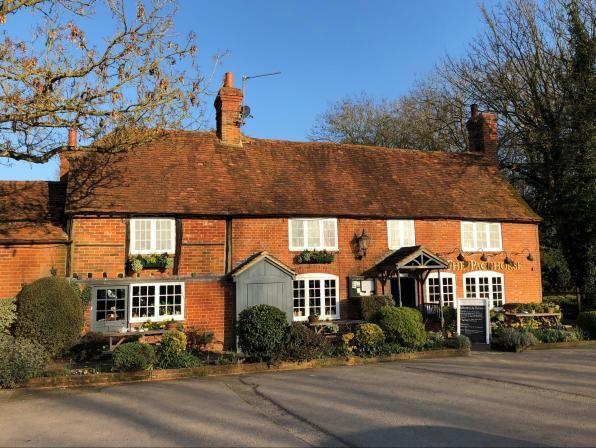 Dog-friendly dining pub near Reading, Oxfordshire - Dog-friendly dining pub near Reading.jpg