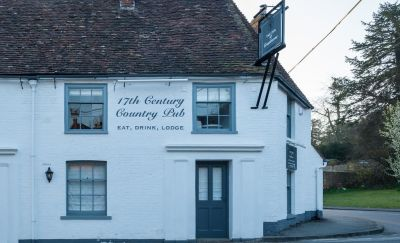 A354 doggiestop with country dining and B&B, Dorset - Driving with Dogs
