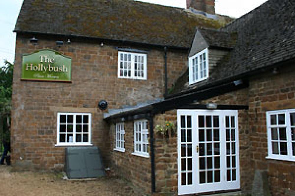 A425 south of Southam dog-friendly pub and walk, Warwickshire - Dog walks in Warwickshire