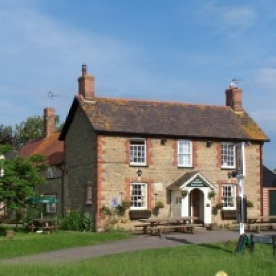 A420 dog-friendly pub and dog walk, Oxfordshire - Driving with Dogs