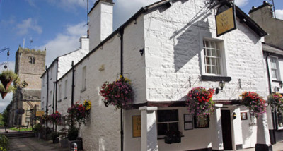 Kirkby Lonsdale dog-friendly pub, Cumbria - Driving with Dogs