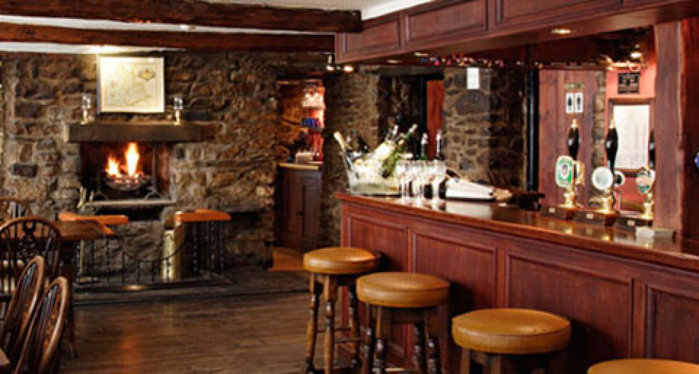 Kirkby Lonsdale dog-friendly pub, Cumbria - Dog walks in Cumbria