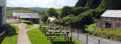 A39 dog-friendly pub with B&B and good walks, Devon - Driving with Dogs