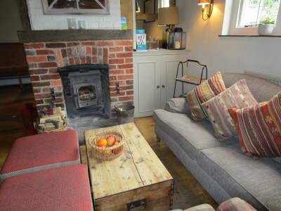 South Downs dog walk and dog-friendly pub, West Sussex - Driving with Dogs