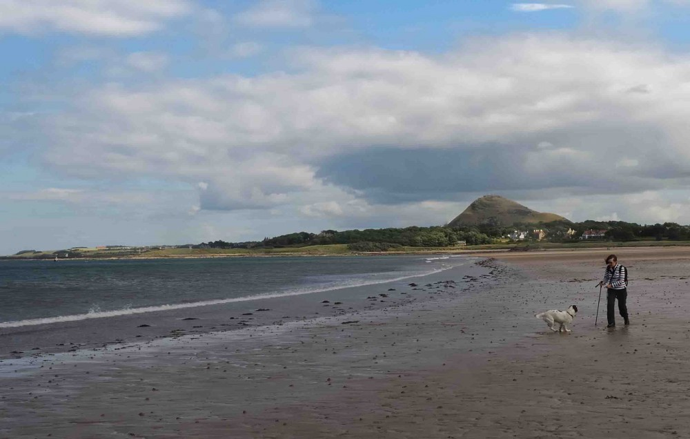 Yellowcraig dog-friendly beach, Scotland - Dog walks in Scotland