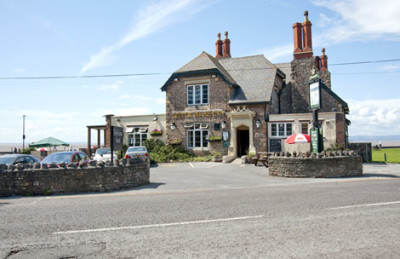 M5 Junction 20 dog-friendly pub and dog walk in Clevedon, Somerset - Driving with Dogs