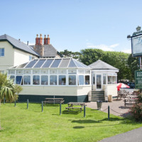 M5 Junction 20 dog-friendly pub and dog walk in Clevedon, Somerset - Dog walks in Somerset