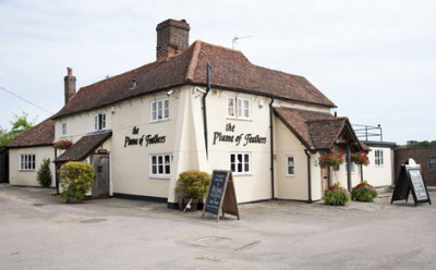 Welwyn dog-friendly pub and dog walk, Hertfordshire - Driving with Dogs