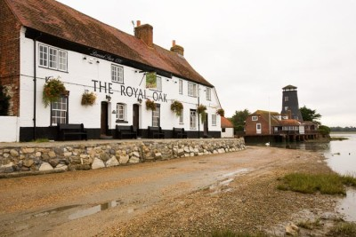 Havant dog-friendly pub, Hampshire - Driving with Dogs