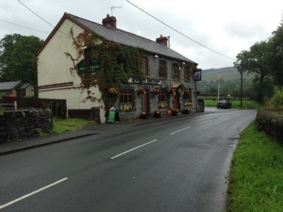 Dog-friendly pub by the Black Mountains, Wales - Driving with Dogs