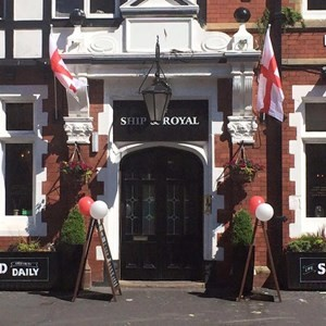 A584 dog-friendly pub, Lytham St Anne's, Lancashire - Driving with Dogs