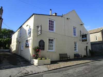 Ghostly dog walk and dog-friendly pub, Yorkshire - Driving with Dogs