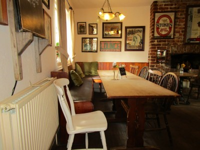 A21 dog-friendly pub and dog walk, Kent - Driving with Dogs