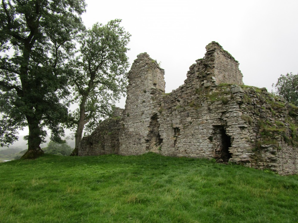 Pendragon doggiestop near Kirkby Stephen, Cumbria - Dog walk in the Yorkshire Dales National Park
