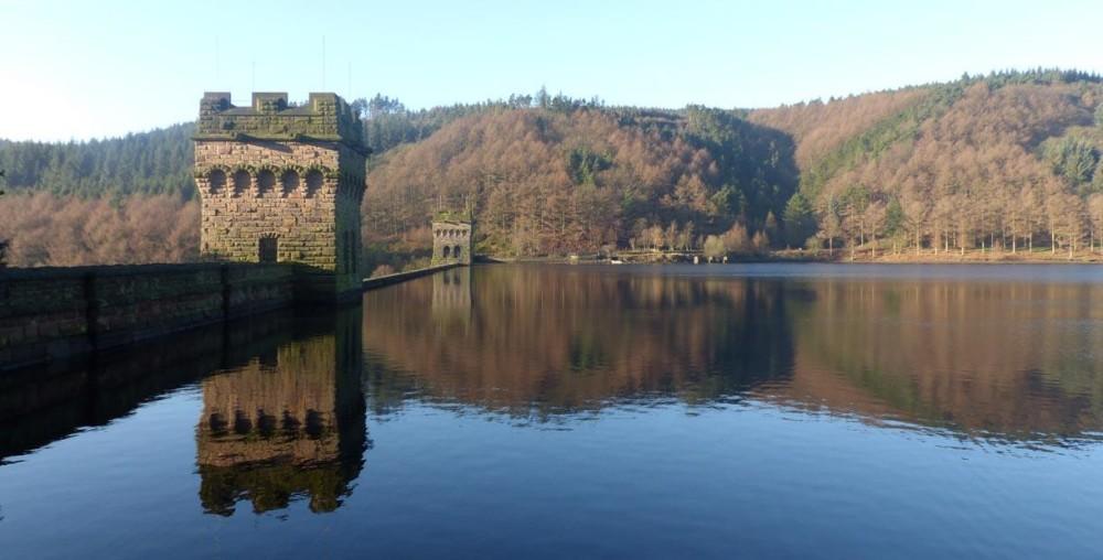 High above the Derwent winter dog walk, Derbyshire - reservoir-dog-walk-derbyshire.jpg