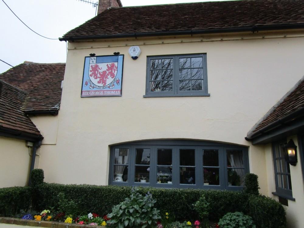 A29W Forest walk and a dog-friendly pub, West Sussex - Sussex dog-friendly pubs and dog walks.JPG