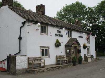 Dark Peak dog-friendly pub, Derbyshire - Driving with Dogs