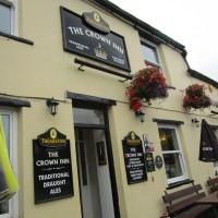 Village dog-friendly pub and dog walk, Yorkshire - Yorkshire dog-friendly pub and dog walk