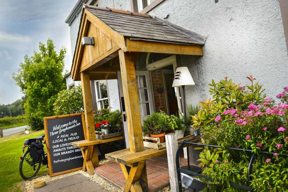 Three Greyhounds dog-friendly pub and dog walk, Cheshire - three-greyhounds.jpg